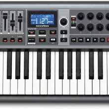 launchkey-61-impulse-musycorp-francisco-el-hombre-novation-controlador